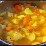 Kartoffelsuppe selber machen - Fleischlos nach Omas Rezept