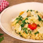 Käse-Risotto mit Tomaten und Rucola | MealClub